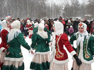 С сегодняшнего дня в России переходят на блины