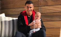 Новое фото Роналду с детьми бьет рекорды Instagram