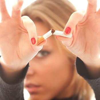 Курение - одна из причин нехватки кальция в организме.