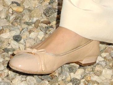 После рождения дочери балетки - любимая обувь Сиенна Миллер (Sienna Miller)