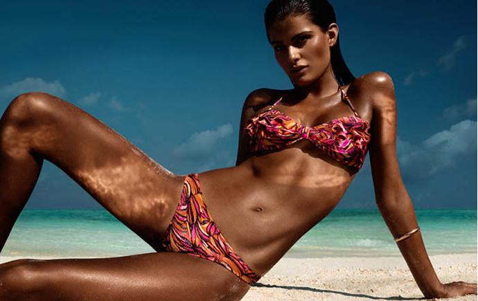 Как правильно загорать, чтобы получить красивый оттенок кожи?