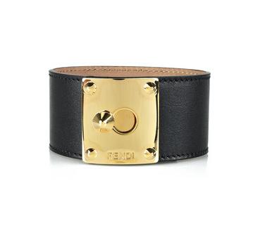 Массивные кожаные аксессуары - браслеты, ремни