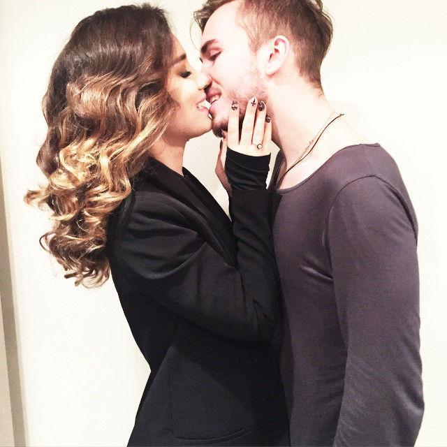 Виктория Дайнеко выходит замуж фото