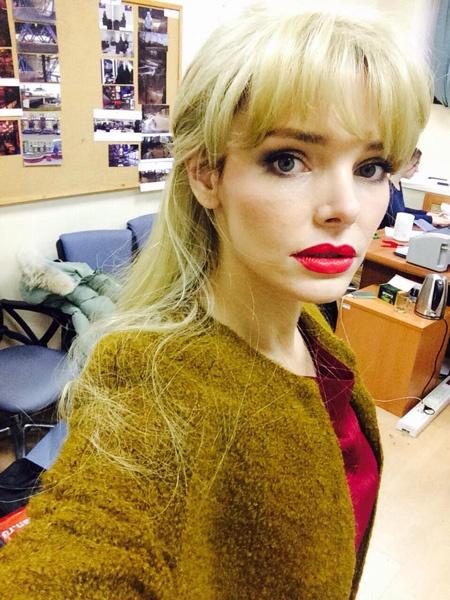 Лиза Боярская блондинка