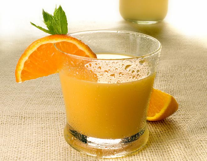 Как приготовит апельсиновый сок в домашних условиях 521