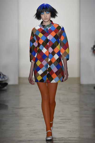 Неделя моды в Нью-Йорке: 18 февраля   галерея [4] фото [3]