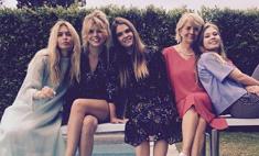 Семейная идиллия: Вера Брежнева с сестрами поздравляет маму