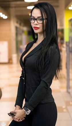 сексапильные самые красивые девушки ростовчанки девушка Ольга Меншикова стильная