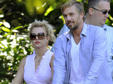 Бритни Спирс (Britney Spears) и Джейсон Травик (Jason Trawick)