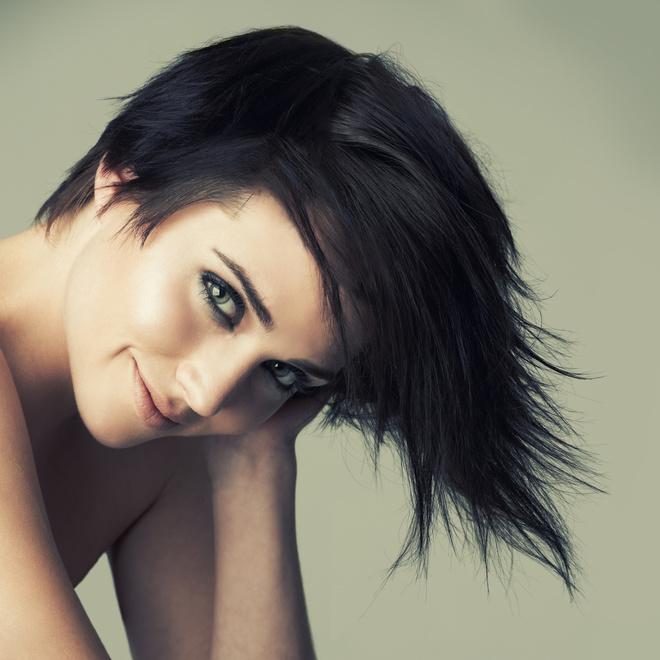 Стрижки на черный волос