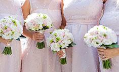Искусственные цветы на свадьбу: за и против