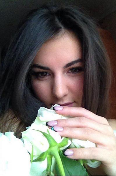 Девушки Тулы: брюнетки и шатенки