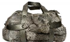 Меховые сумки: модный тренд сезона