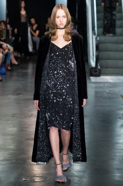 Дотянуться до звезд: показ коллекции A LA RUSSE Anastasia Romantsova осень-зима 2015-2016 | галерея [2] фото [5]