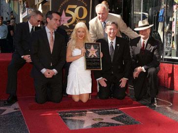 Кристина Агилера (Christina Aguilera) во время открытия своей именной звезды