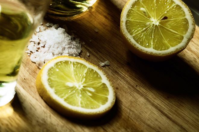как правильно пить текилу с солью и лаймом