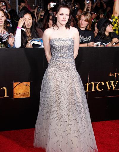 Кристен Стюарт (Kristen Stewart) на премьере фильма «Сумерки. Сага. Новолуние» в Лос-Анджелесе, 2009 год