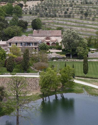 Виды французского поместья Джоли-Питт.