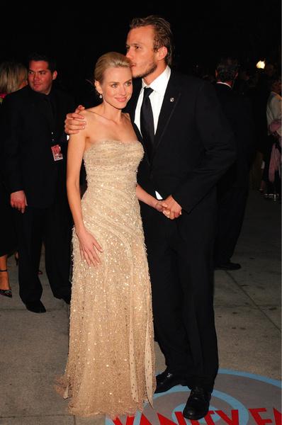 Леджер встречался со многими актрисами: Лизой Зейн, Хизер Грэм и Наоми Уоттс.