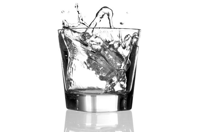 как растереть водкой
