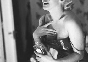 marieclaireВас услышат: 6 мест на теле, куда стоит наносить парфюм