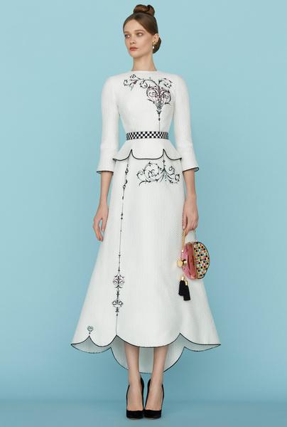 Ульяна Сергеенко представила новую коллекцию на Неделе высокой моды в Париже | галерея [1] фото [32]