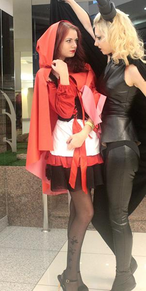 Елена Гоглева в образе Красной Шапочки, U:CON