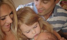 МИЛОТА ДНЯ: Макарские выложили семейное фото