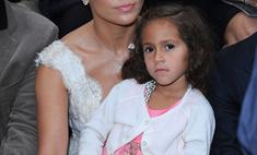 Эмми, дочка Дженнифер Лопес, носит аксессуары от Chanel за 1500 фунтов