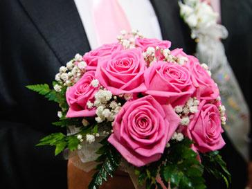 Треть женщин выходит замуж не по любви