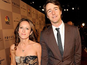 Эдвард Нортон (Edward Norton) и Шона Робертсон (Shauna Robertson) встречались шесть лет