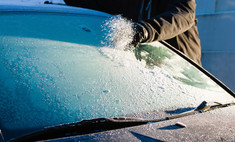 сети гуляет вредный лайфхак разморозке заиндевевшего стекла автомобиля