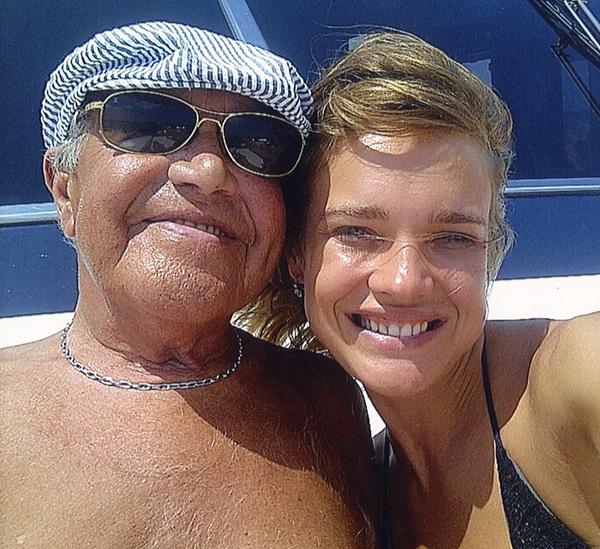 Наталья Водянова с дедушкой