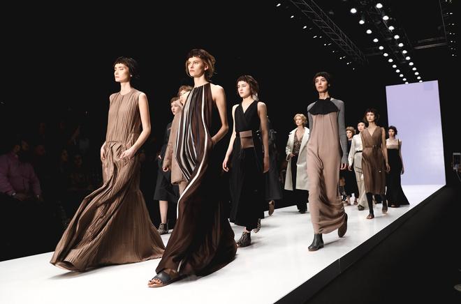 Неделя моды Mercedes-Benz Fashion Week Russia открылась встолице