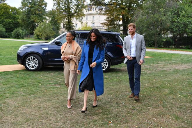 Меган Маркл и принц Гарри нашли няню для будущего ребенка