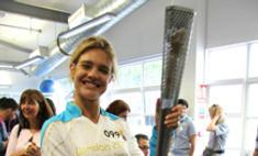 Наталья Водянова зажгла параолимпийский огонь