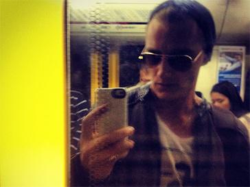 Алексей Воробьев прокатился на метро.