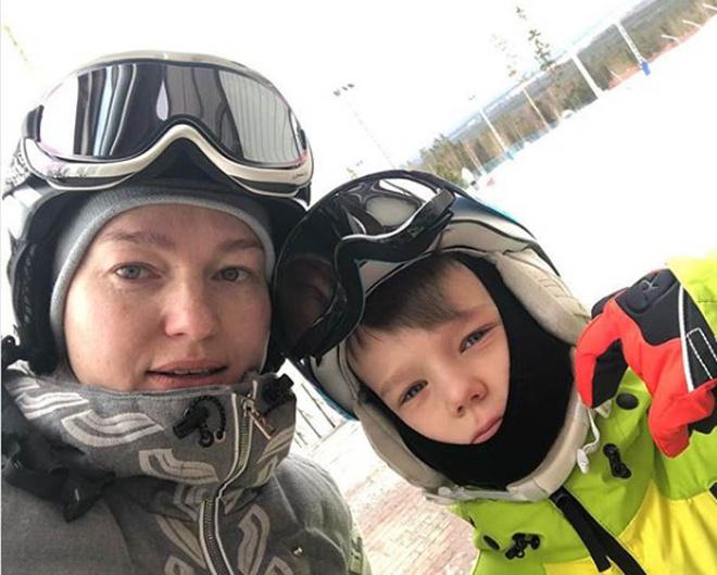 Виктория Толстоганова с сыном фото