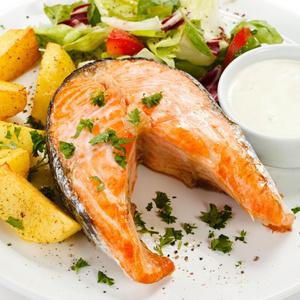 рецепт стейк лосося в фольге в духовке