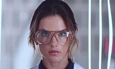 Амбросио снялась в модной кампании с Неймаром