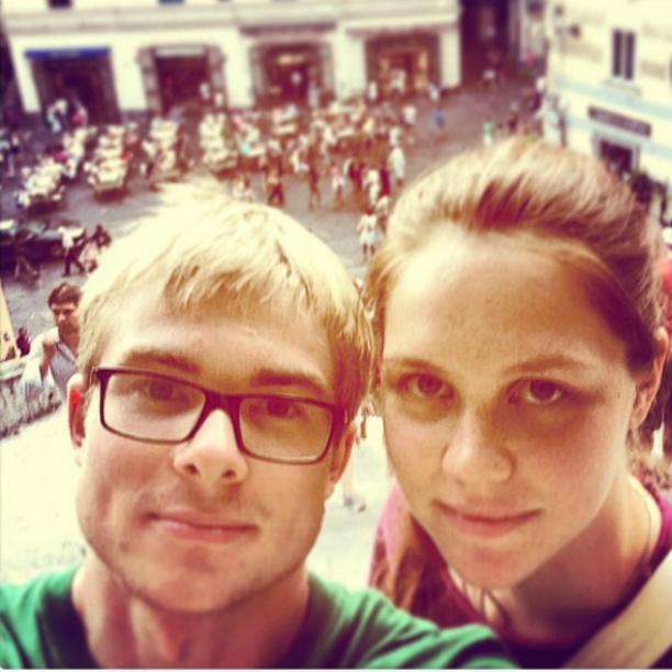 Макар с женой Катей фото