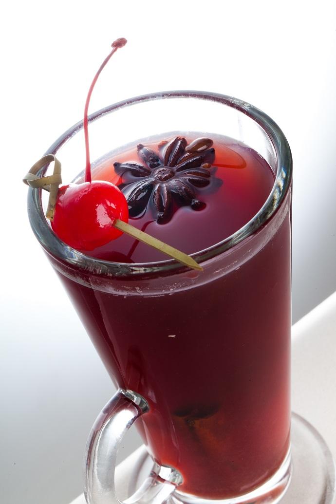 Согревающий коктейль «Пьяная вишня»