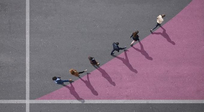 Кто больше ходит пешком, у того выше шанс стать богаче?
