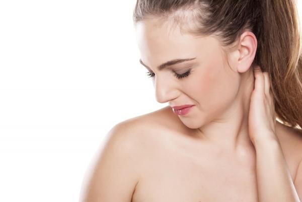 Как сохранить кожу шеи молодой