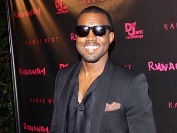 Кени Вест (Kanye West) купается в бриллиантах