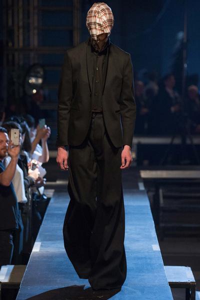 Неделя мужской моды в Париже: лучшие показы | галерея [2] фото [7]