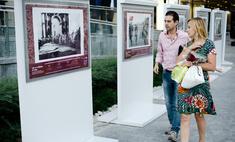 В «Романовом дворе» открылась фотовыставка «Августейшие особы»