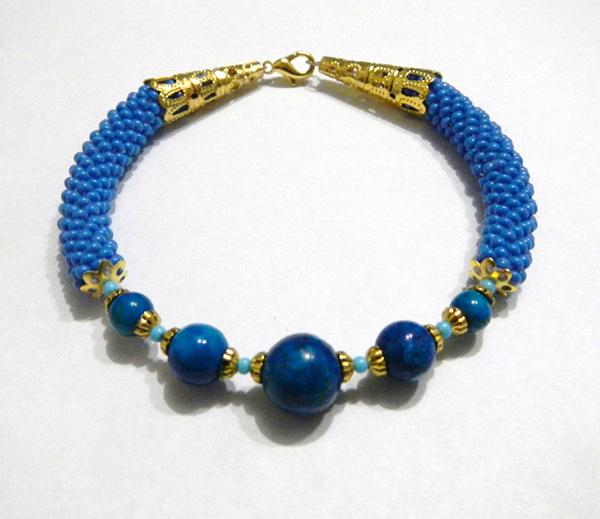 Плетение браслетов из бисера: фото