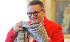 Александр Васильев в Оренбурге: сувениры, шарф и поклонники