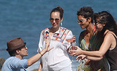 Холли Берри: вечеринка на пляже